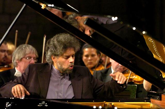 francois-frederic-guy-pianist-portfolio-132